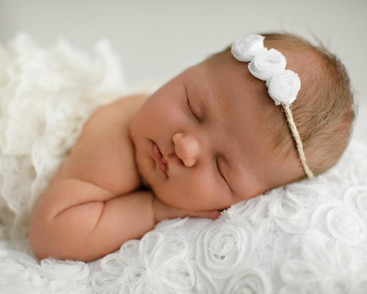Newborn Photo Editing & Portrait Photography Retouching by Kapacyko - 116025