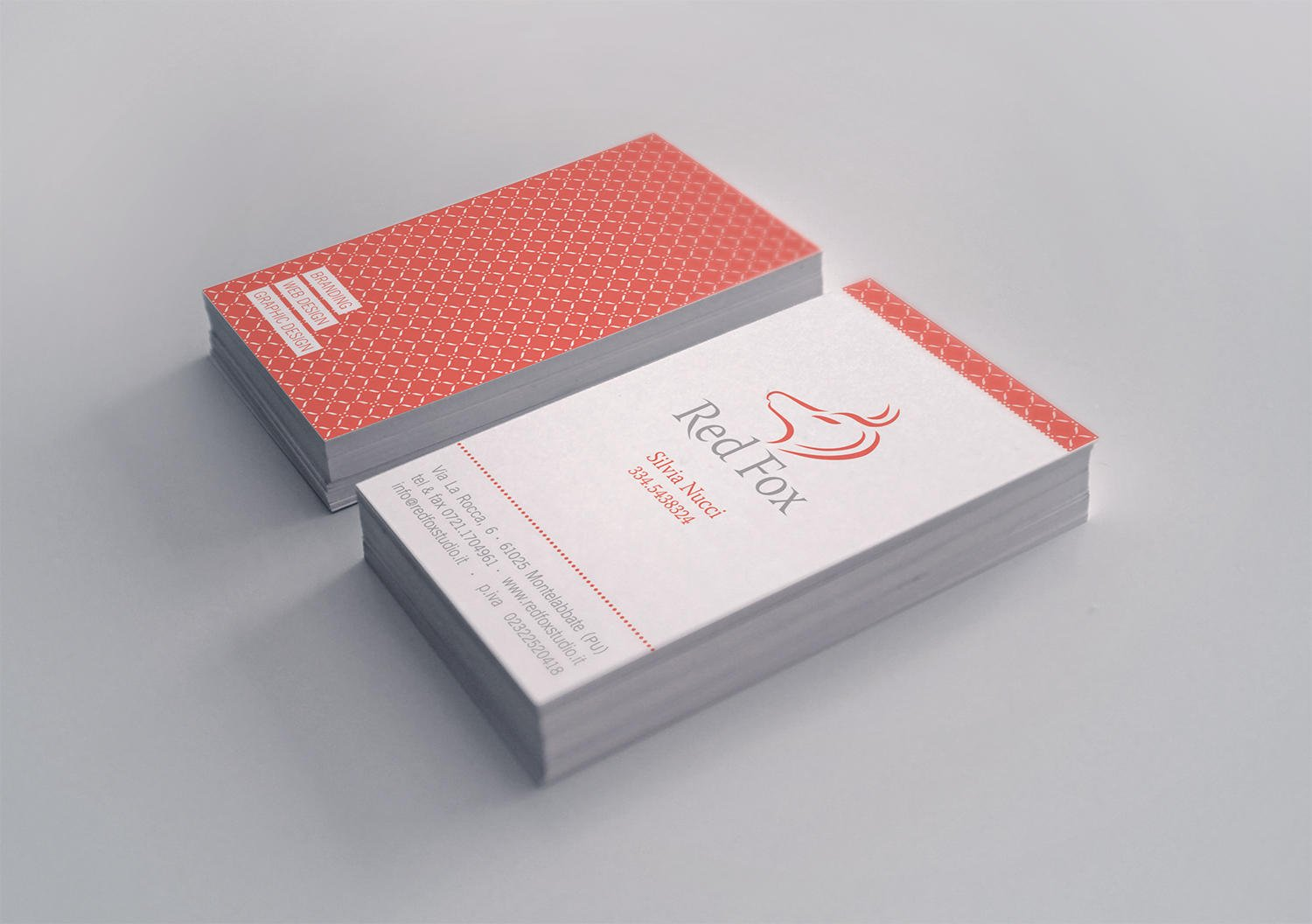 Clean and Minimal Business Card Design by Myaku on Envato Studio